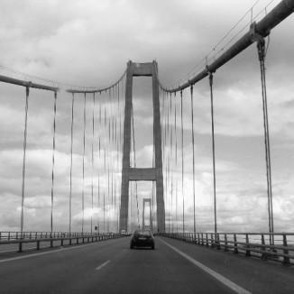 The storbelt bridge in dk (2)