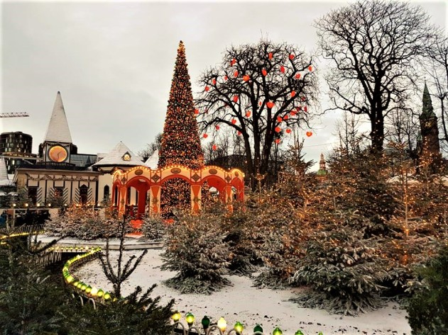 tivoli-gardens-in-cph-2