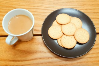 *Coffee and biscuits*